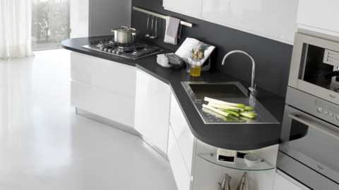 <strong>Piani e Top Cucine: consigli utili per la pulizia e la manutenzione</strong>